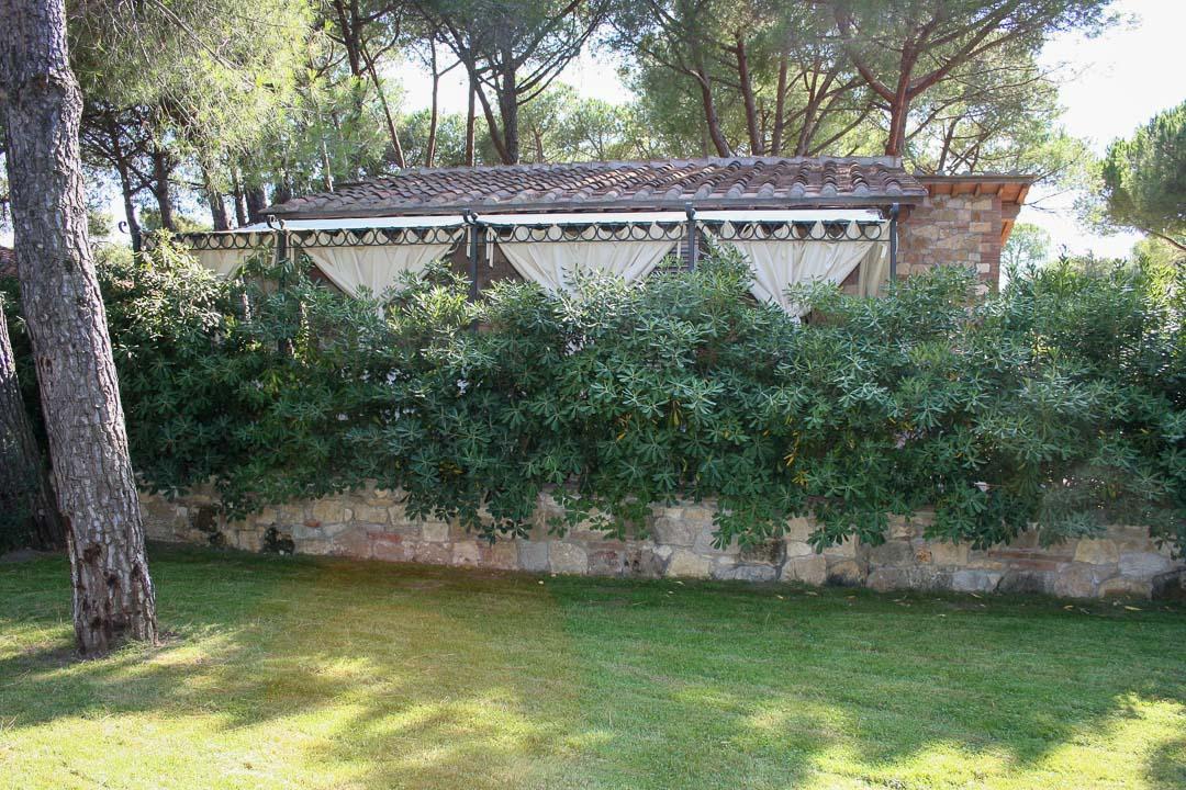 3 spaces villa